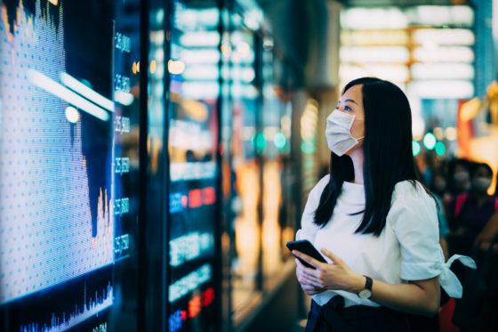 Balancing a bullish market with bleak economic outlook